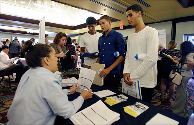 Applications for unemployment aid fall to 331,000