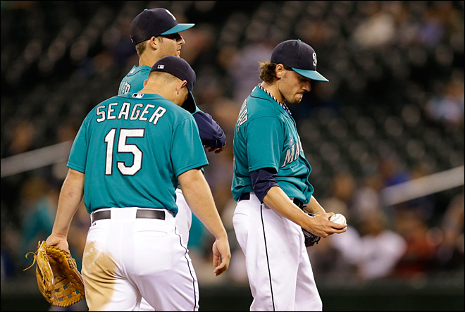 Historically small crowd watches Mariners lose to Astros