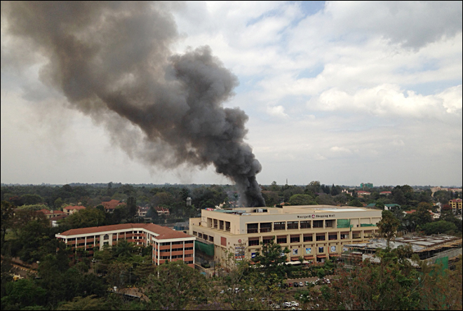 Kenyan officials claim last push to end mall siege