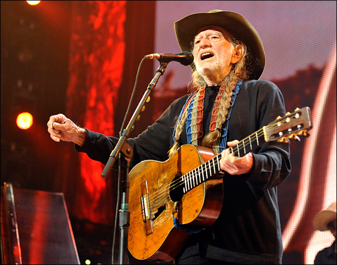 Stuffed armadillo taken from Willie Nelson's band is returned