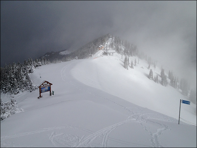75 lucky skiers get first crack at Crystal Mountain Tuesday