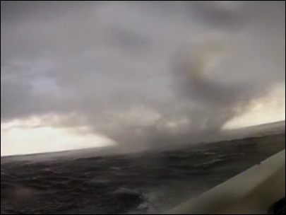 Watch: Florida boater drives right through waterspout