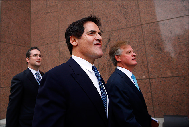 Jury deliberations begin in Mark Cuban insider trading trial