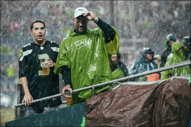 Mother Nature's been kind to Seahawks 12th Man (but hates the 49ers)