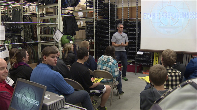 Machetes and a master plan: Outdoor store teaches 'zombie survival class'