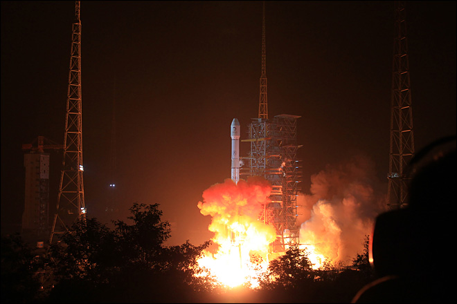 China launches first moon rover, the 'Jade Rabbit'