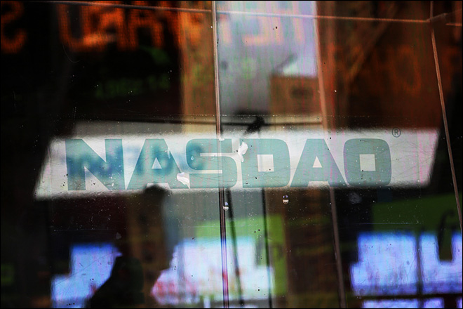 Once-frothy Nasdaq tries to reach dot-com peak