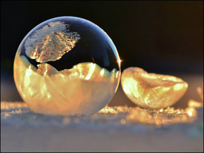Photos: Bubbles crystallize into spherical beauty during freezing temps