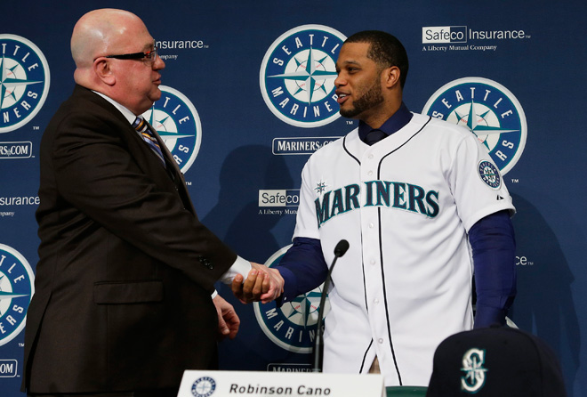 It's official: Seattle Mariners sign Cano for $240 million