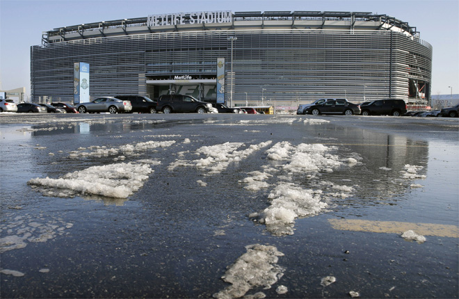 Super Bowl 2014 Snow Plans Football