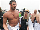 Lady Gaga, Vince Vaughn take charity polar plunge in Chicago
