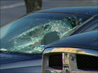 Woman breaks window in car to save hot baby