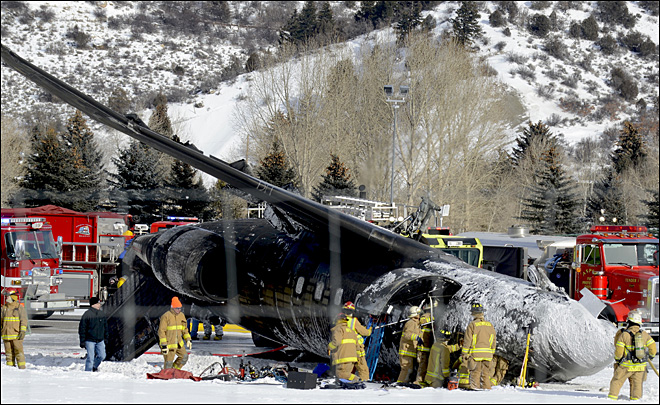 1 killed, 2 injured in Aspen, Colo., plane crash