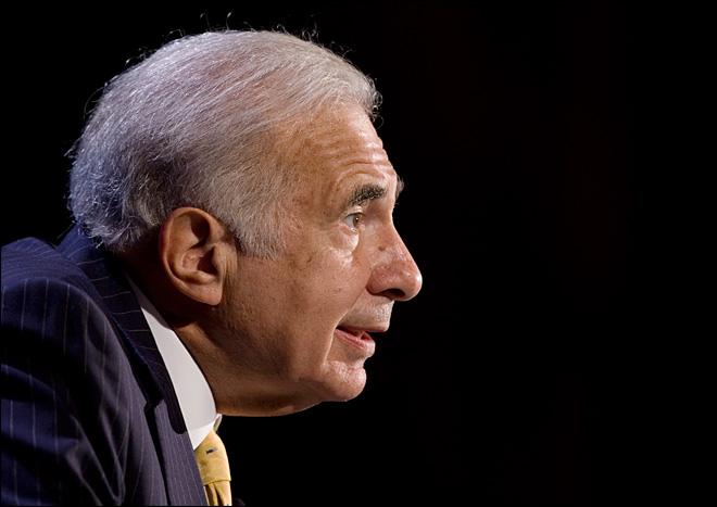 Icahn says his Apple investment has topped $3 billion
