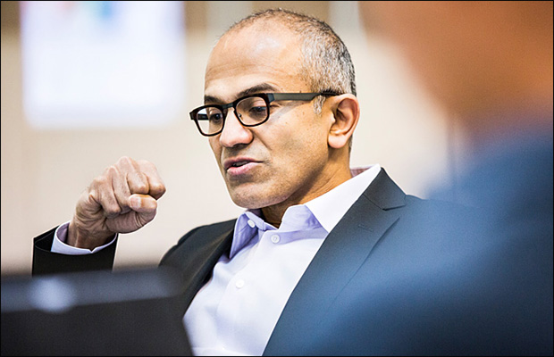 Microsoft names new CEO; Gates leaves chairman role