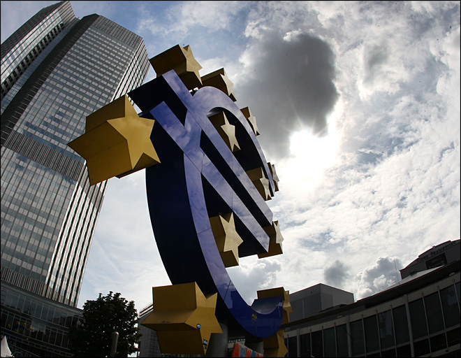 Austerity debate flares as Europe recovery fades