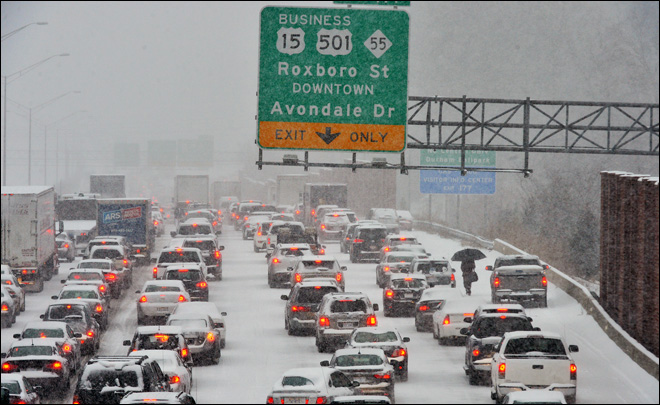 Ice storm causes another traffic jam in the South