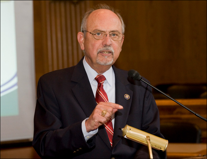 Veteran Republican U.S. Rep. Doc Hastings to retire