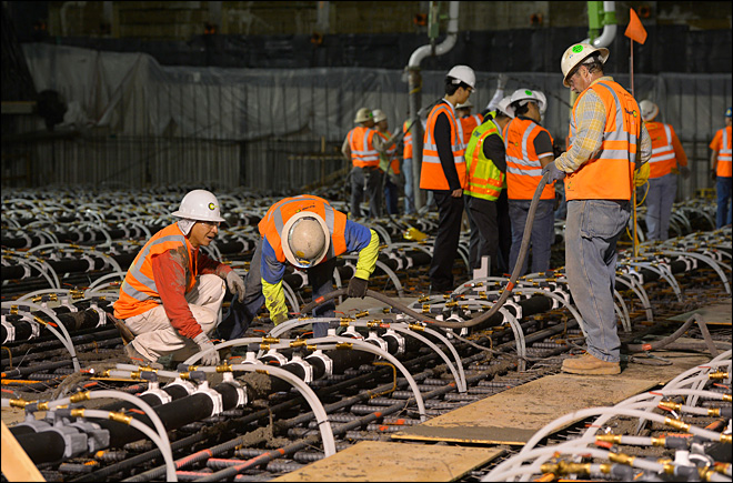 LA workers break record for largest concrete pour