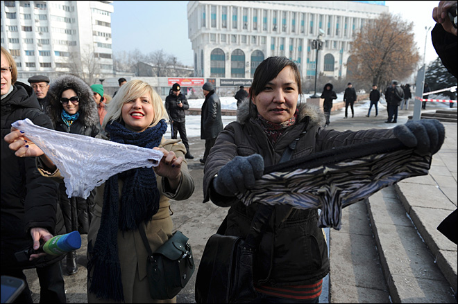 Lacy panty ban has Russia's knickers in a twist