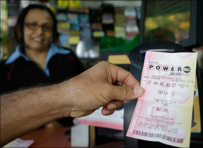 Ticket sold in California wins $425M Powerball jackpot