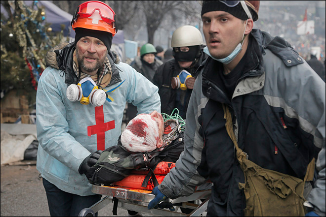 Medic: 70 protesters killed, 500 wounded as Ukraine truce fails