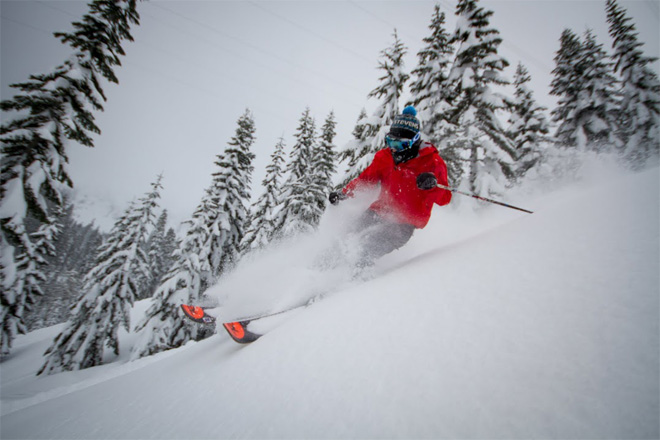 Stevens Pass gets 13+ feet of snow in February