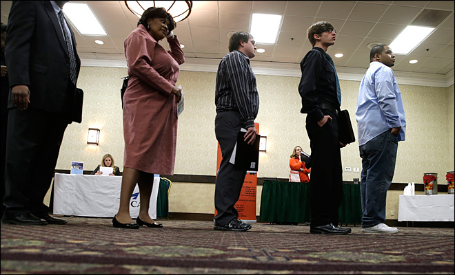 Applications for U.S. jobless aid dip to 3-month low