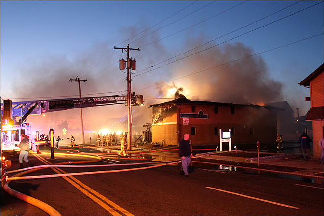 At least 4 dead in Jersey shore motel fire; 8 hurt