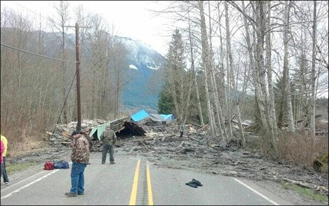 3 dead, 8 injured in massive mudslide in Washington