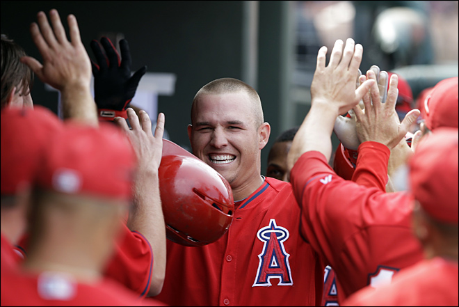 Trout, Angels agree to $144.5 million, 6-year deal
