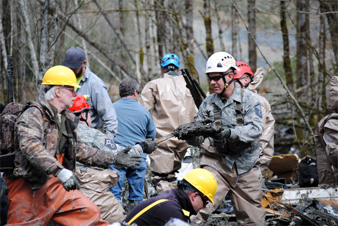Officials losing hope of finding survivors in Oso mudslide