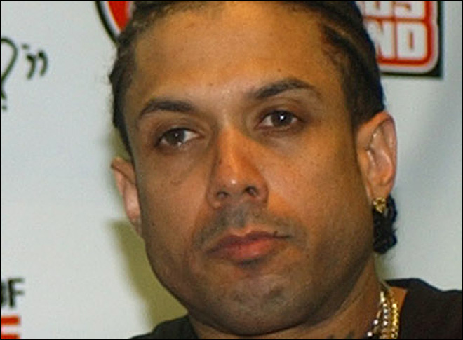 Officials: Reality TV star Benzino shot by nephew