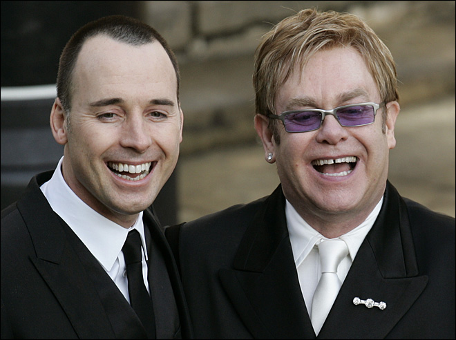 Elton John to have 'quiet' wedding with partner