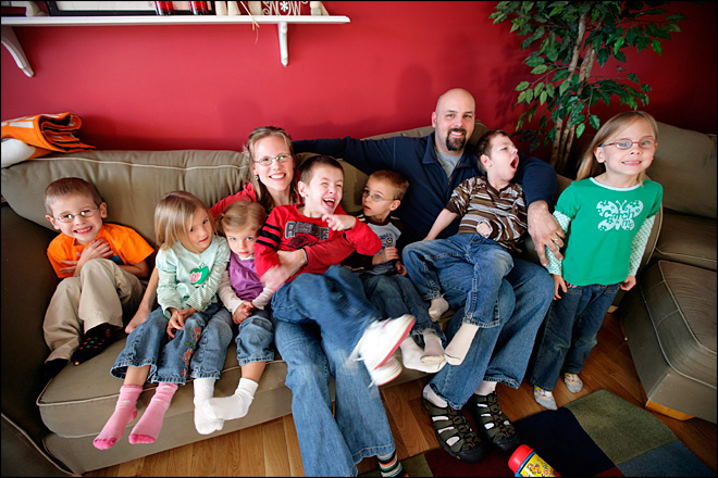 Father of Michigan sextuplets dies at age 39 after installing trampoline
