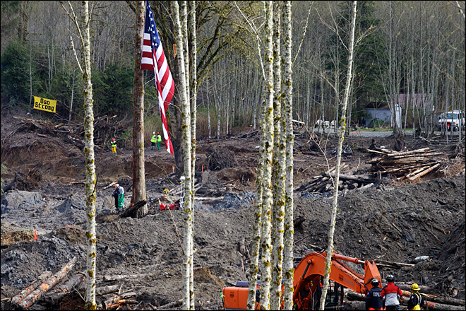 Oso mudslide death toll rises to 37; flags lowered across state