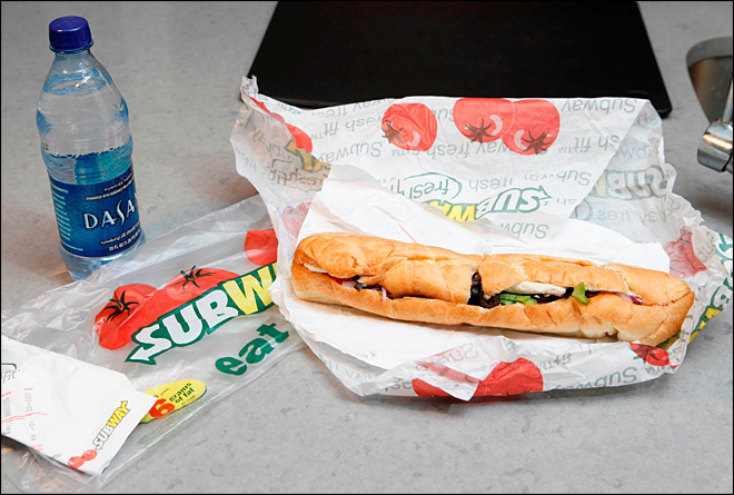 Subway to remove 'yoga mat chemical' from bread