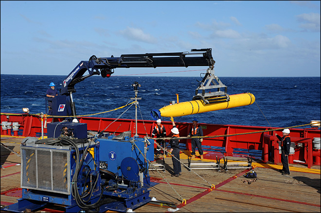 Robotic submarine deployed in search for plane