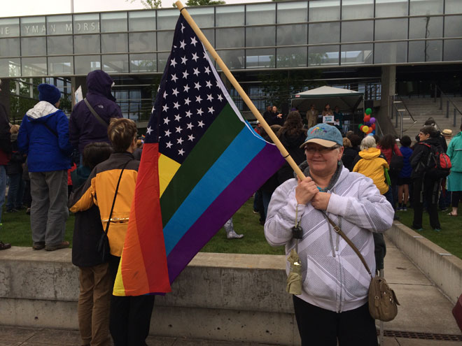 Court hears challenge to Oregon's ban on same-sex marriage