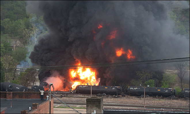 Tankers catch fire in Lynchburg, Va., train derailment