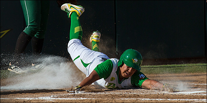 Ducks run-rule Utah Valley, 12-1 in first round of Regionals