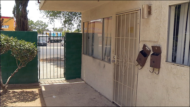 Police: 3 toddlers found abandoned at California apartment