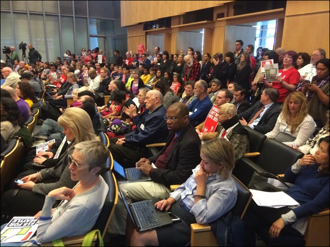 Seattle City Council panel OKs $15 minimum wage