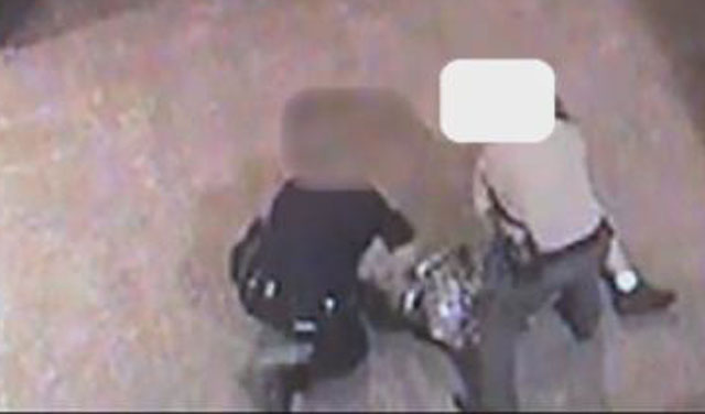 Video: Officer punches suspect in face