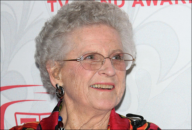 Ann B. Davis, who played Alice on Brady Bunch, dies at 88