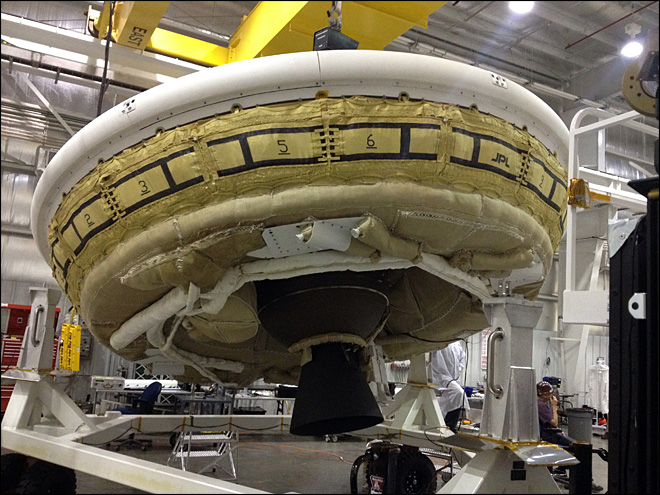 NASA to test giant Mars parachute on Earth