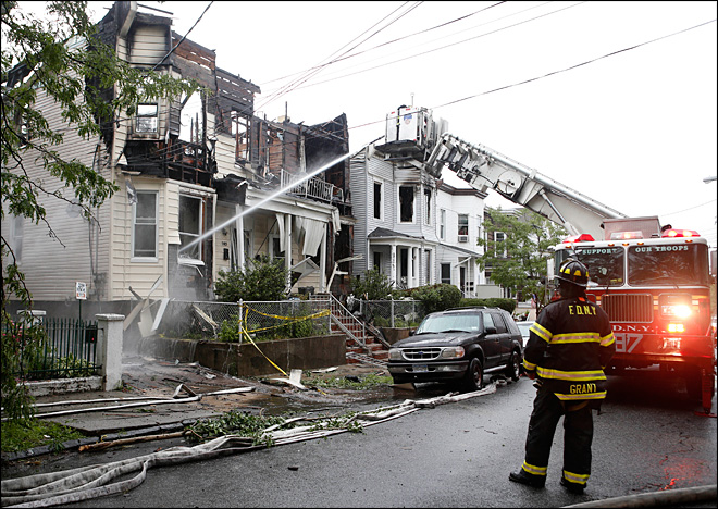34 injured in Staten Island fire, dad tosses kids out window