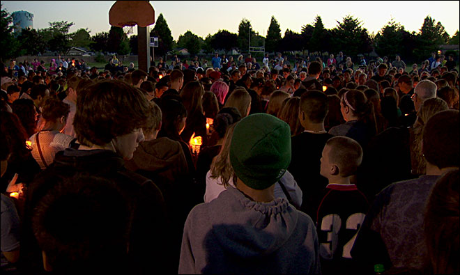 Victim's family, Governor Kitzhaber attend vigil after school shooting