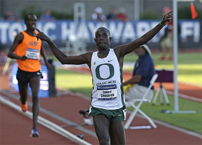 Oregon freshman Ed Cheserek wins NCAA 10,000