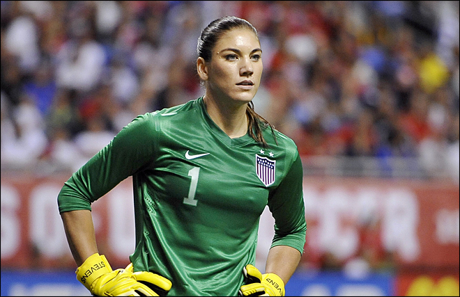 Police: Soccer star Hope Solo arrested for assault